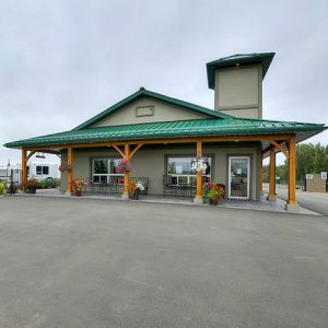 iGreat White North Accomodations Camp 'n Class RV Park